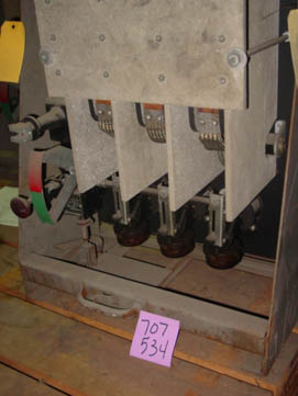 General Electric AE-1B-15 circuit breaker pictured.