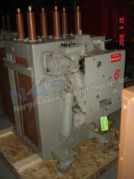 General Electric AM13.8-500-6C Magne Blast circuit breaker pictured.