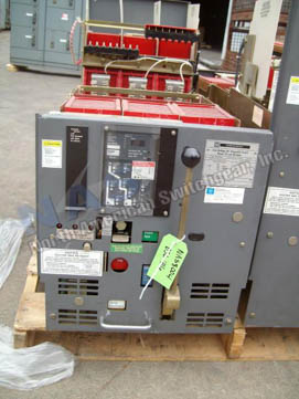Square D DSL-416 circuit breaker pictured.
