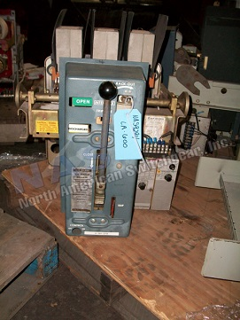 Siemens Allis LA-600 circuit breaker pictured.  Manually or electrically operated; as-is or reconditioned; stationary or drawout.