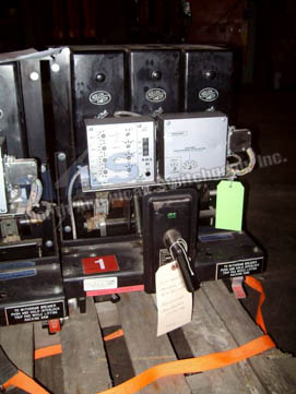 Roller Smith RS-25A circuit breaker pictured.